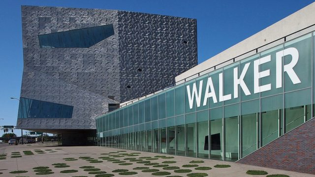1200px-Walker_Art_Center_03