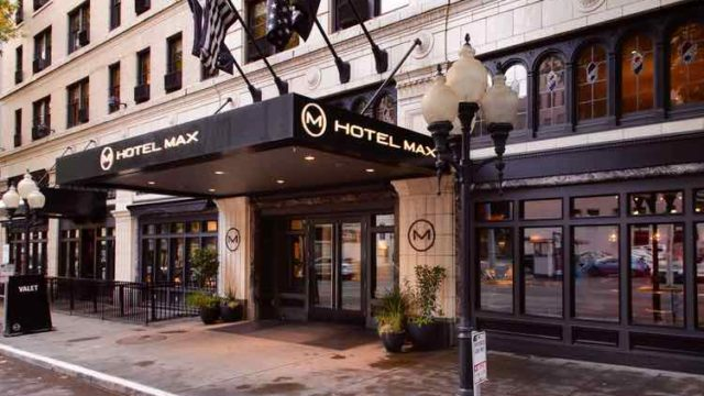 seattle-best-hotel-for-pets-max